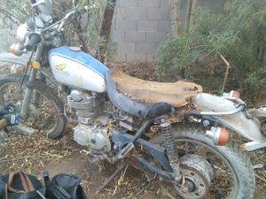 Honda motorcycle for parts for Sale in Phoenix, AZ
