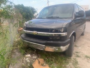 07 Express van cargo 1500 for Sale in Miami, FL
