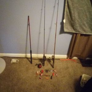 Fishing Poles And Artificial Bate for Sale in Indianapolis, IN