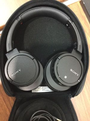 Headphones Audífonos SONY Bluetooth Wireless Auriculares MDR-ZX78DC for Sale in Miami, FL