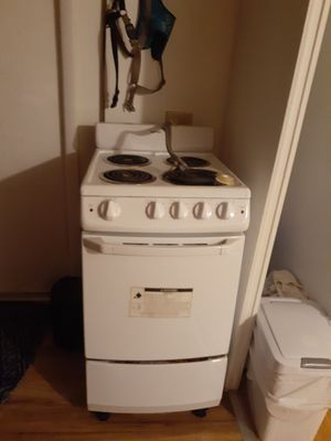 Small stove for Sale in Fort Pierce, FL
