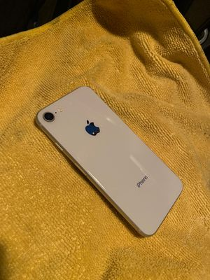 IPhone 8 64gb AT&T for Sale in Long Beach, CA