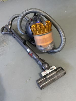 Dyson DC39 big ball (multi-floor) vacuum for Sale in Parker, CO