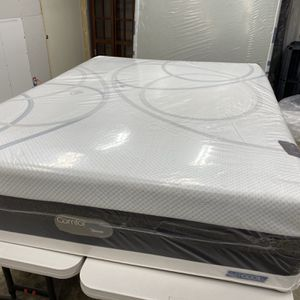 """Queen Mattress ONLY 🟩 Comforpedic BEAUTYREST Memory Foam AIRCOOL 16 """" 🟩 Like New $100 Extra For Box Springs// Available For Delivery Extra Charge for Sale in Kent, WA"""