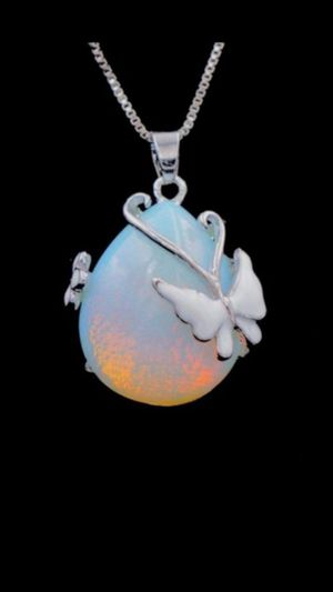 925 AcRYLiC BuTTeRFLy OpaL SToNe ChaRm NeCkLaCe for Sale in Bountiful, UT