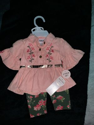 Outfit for 0-3 month suede for Sale in Clovis, CA