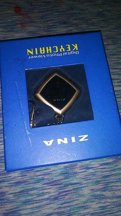 Zina/digital photo viewer ketchain for Sale in Newport News,  VA
