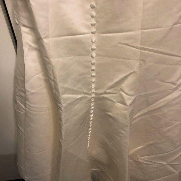 David's Bridal Wedding Dress - Never Worn