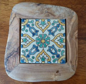 Ceramic and wood trivet for Sale in Port Orchard, WA
