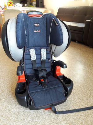 Car seat en booster britax for Sale in Compton, CA