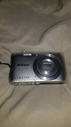 NIKON COOLPIX S3700 for Sale in Baltimore, MD