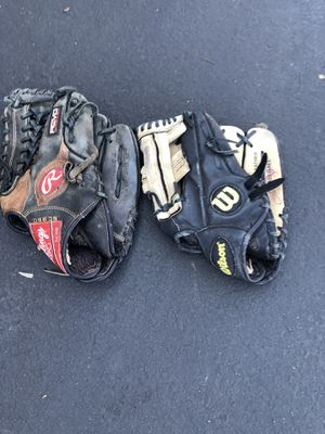 Baseball gloves for Sale in Rancho Cucamonga, CA
