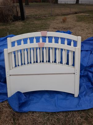 Twin size bed for Sale in Indianapolis, IN
