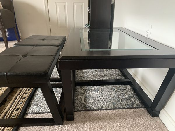 Coffee table with 2 benches
