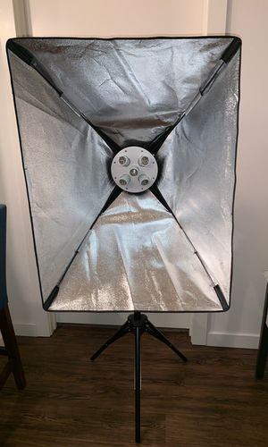 Westcott Basics D5- 2 light stands, 2 soft boxes for Sale in Tustin, CA