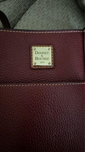 Dooney & Bourke purse for Sale in Savannah, GA
