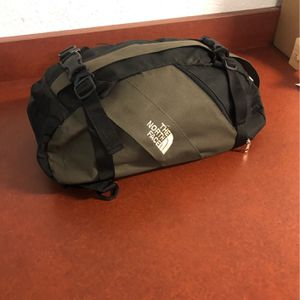 North Face Duffle Bag/Back pack for Sale in Encinitas, CA