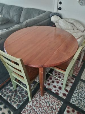 Folding side kitchen or dining room table for Sale in South Saint Paul, MN
