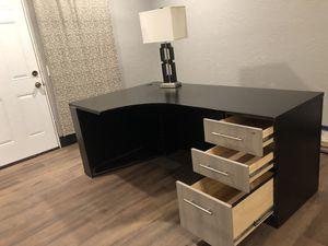 Desk/Computer Desk/Table for Sale in Phoenix, AZ