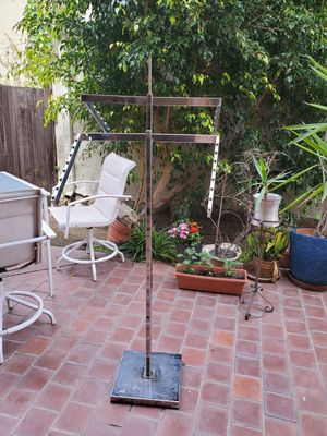 Adjustable clothing racks for Sale in West Hollywood, CA