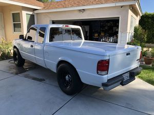 2000 ford ranger XLT flex fuel for Sale in San Fernando, CA