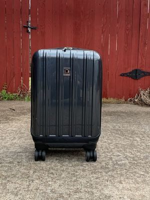 Delsey Helium Aero Hardside Luggage for Sale in Rowlett, TX