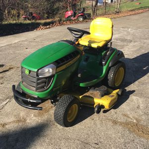 John Deere D170 Tractor for Sale in Greensburg, PA