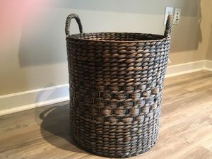 Wicker Basket for Sale in Tampa, FL