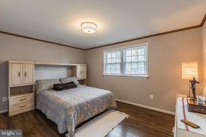 Bedroom Set for Sale in West Springfield, VA