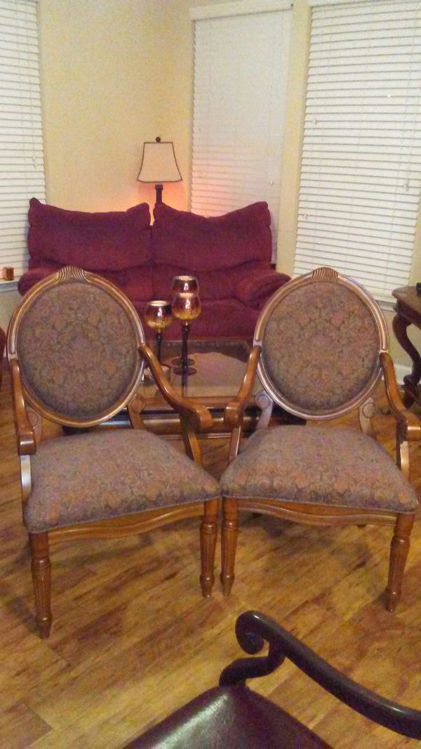 Beautiful real wooden chairs. Antique details! No, smells, stains, no tears. Practically new