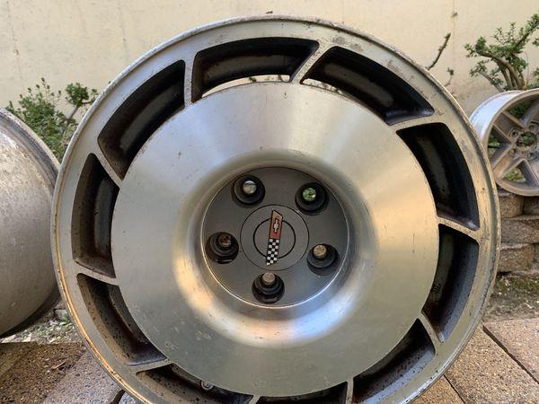 1987 C4 stock Corvette wheels