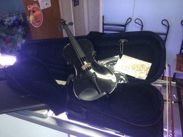 Black well made Violin
