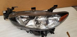 2014 - 2016 Mazda 6 headligth alogena Driver side Oem parts for Sale in Los Angeles, CA