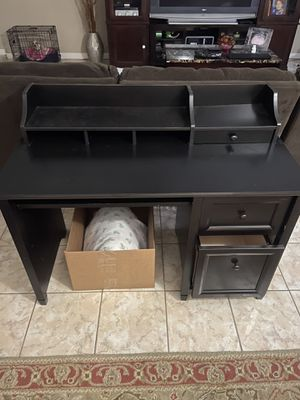 Black Computer Desk for Sale in Arlington, TX