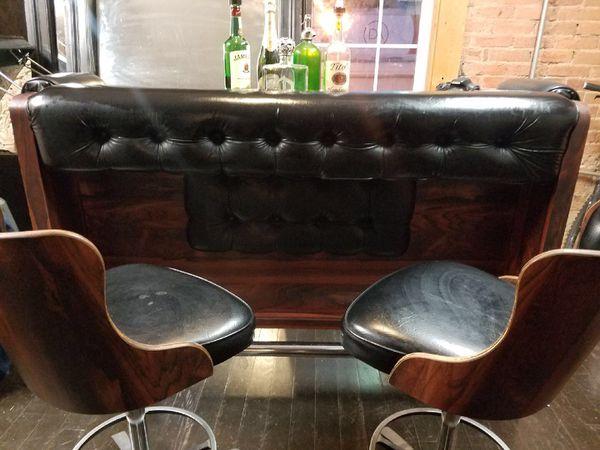 Daystrom Mid Century Bar With Stools