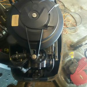 Evinrude 9.9 outboard motor excellent condition 1,200 or best offer. for Sale in Bratenahl, OH