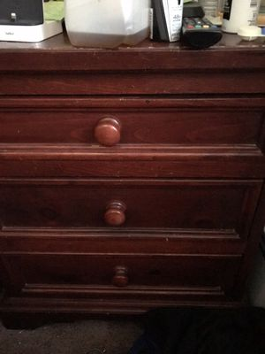 Dresser and nightstand for Sale in Pittsburgh, PA
