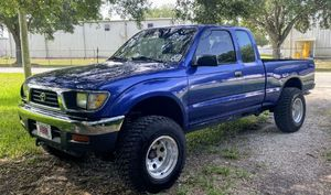 1995 Toyota Tacoma 2.7l automatic 4wd for Sale in Winter Haven, FL
