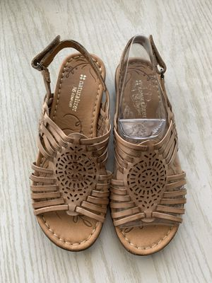 Women's Sandals - Naturalizer 7.5 for Sale in Dallas, TX