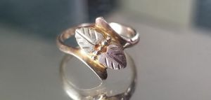 ❤Stunning Vintage 10K yellow gold black hills gold ring size 4.5❤ for Sale in Lake Stevens, WA
