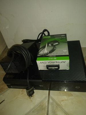 Xbox one and elit controller for Sale in Phoenix, AZ