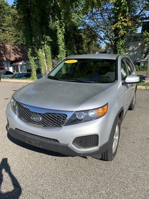 2011 Kia Sorento 4cylinder 4wd for Sale in Bethel, CT