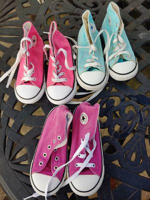 Girls size 10 converse play condition for Sale in Alexandria, VA