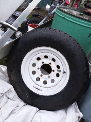 St225 75 15 tire and wheel for Sale in Spanaway, WA