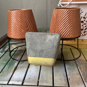 3 plant pots for Sale in Olympia, WA
