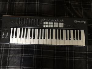 Notation Launchkey 49 MIDI Keyboard Controller for Sale in Los Angeles, CA