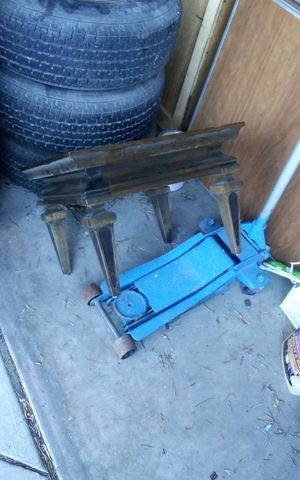 Cool little square vintage solid wood coffee or center table. for Sale in Modesto, CA