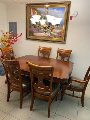 American signature furniture Wooden table set 450$ for Sale in Tampa, FL