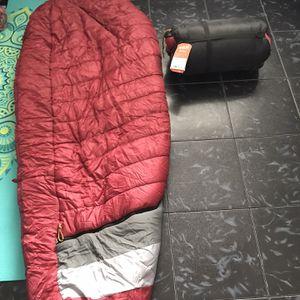 Kelty 20 degree sleeping bag for Sale in Phoenix, AZ
