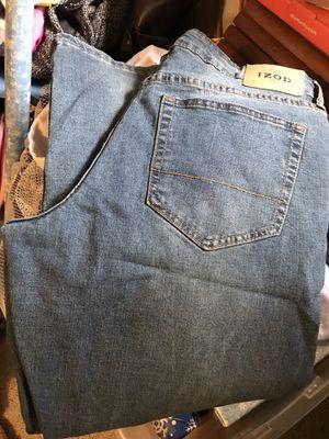 Men's size 34-30's Izod jeans for Sale in Elma, WA